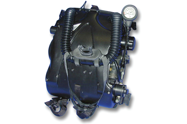 Military Dive Rebreathers3