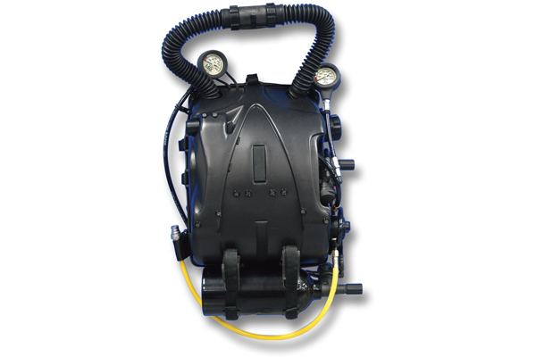 Military Dive Rebreathers5
