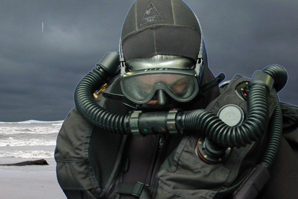 Military Dive Rebreathers8