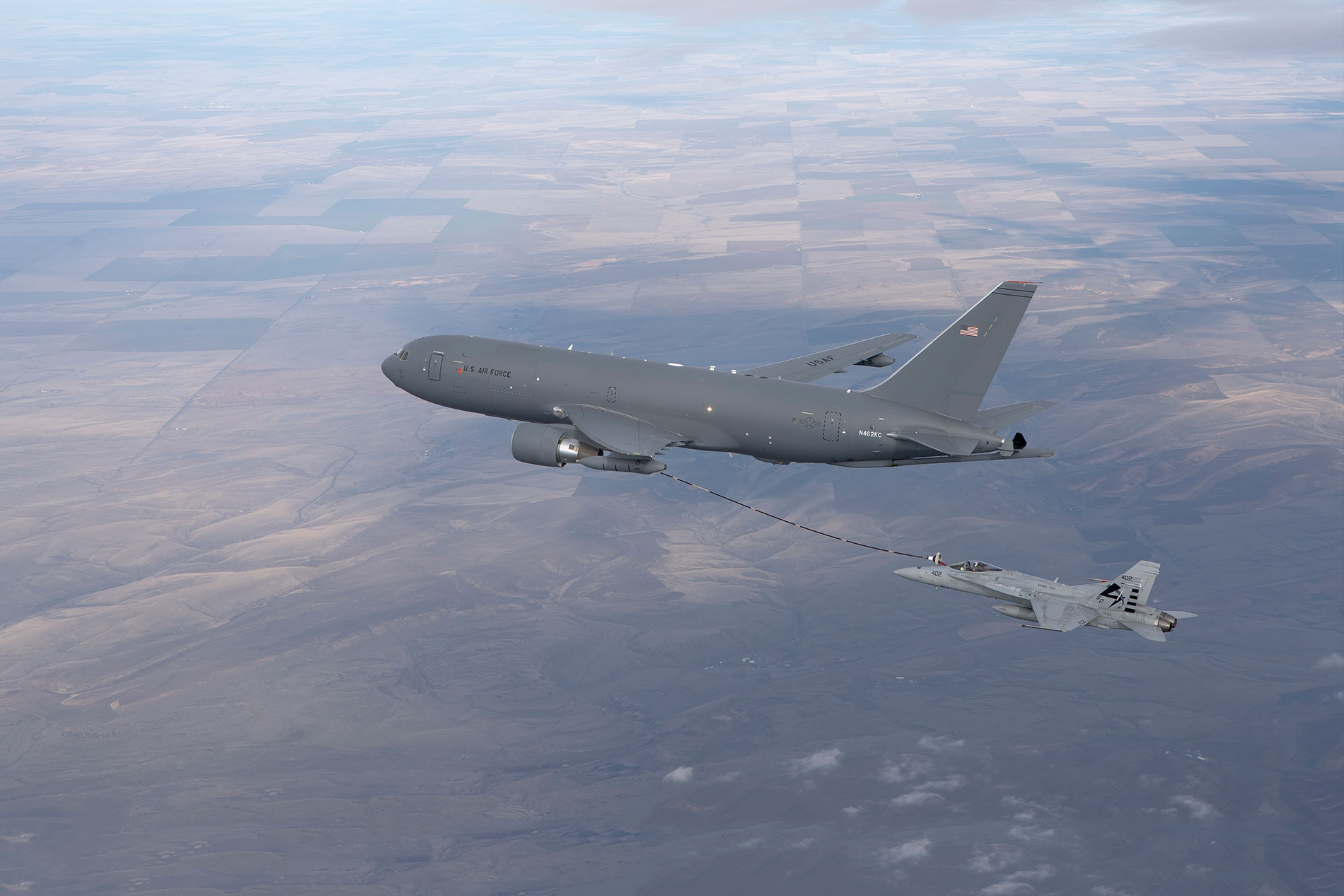 First Hose and Drogue Refuelling Flight with KC-46 Tanker