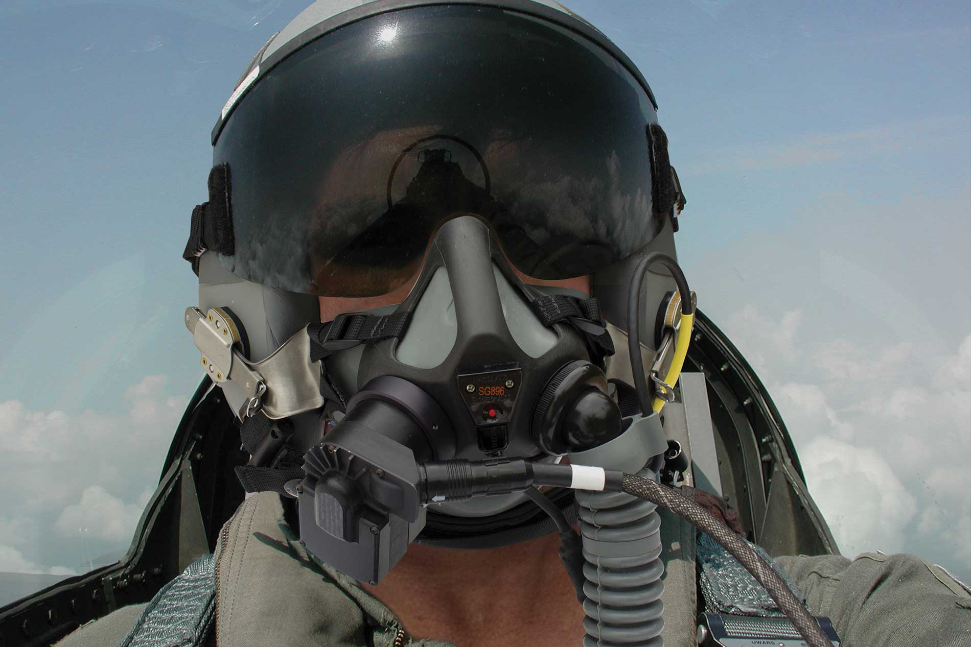 Cobham Receives Notice of Contract for Pilot Breathing Sensor