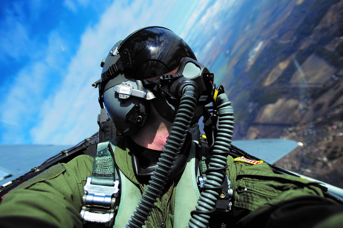 Cobham Mission Systems' VigilOX™ pilot breathing sensors selected by US Air Force for evaluation on T-6 test fights